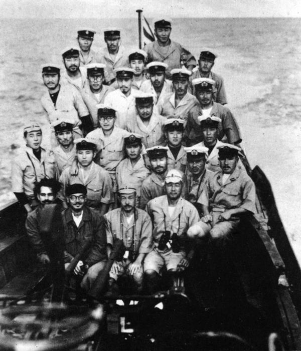 The crew of Japanese submarine with Subhash Chandra Bose.